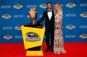 nascar drivers rock the red carpet in las vegas