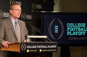 Twitter reacts to the final College Football Playoff ranking
