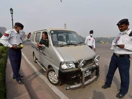 Delhi Police seize 1.71 lakh driving licences for traffic offences