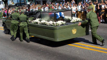 Fidel Castro's ashes arrive in Santiago