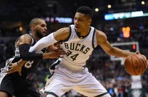 Milwaukee Bucks Daily: Giannis Acclaim Continues Ahead Of Spurs Matchup