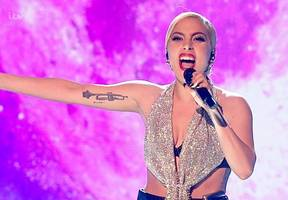 Lady GaGa Causes Twitter Frenzy With Her 'Unrecognizable' Face on 'X Factor'