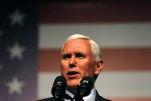Pence: Trump's Taiwan call a 'courtesy'
