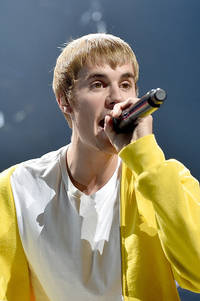 the truth at last! justin bieber comments on rekindled romance with selena gomez; jelena fans thrilled?