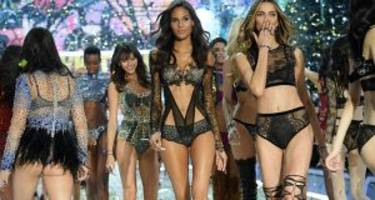 Here are 12 Victoria's Secret Angels You Don't Want to Miss on The Catwalk