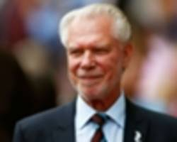 West Ham chairman TROLLED on Twitter by hilarious tweet