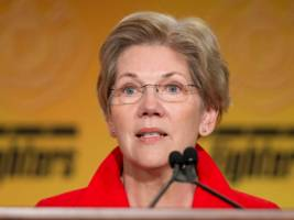 elizabeth warren is backing a hot investing startup that's taking on wall street