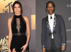 kendall jenner and a$ap rocky spotted getting 'flirty' at miami nightclub