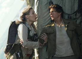 'The Mummy' Director on Whether Tom Cruise's Character Dies in the First Trailer