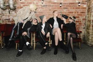 pins announce string of uk shows
