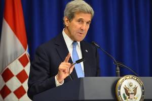 Kerry stresses commitment to Iran deal