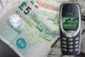 Could your old mobile pay for Christmas? Classic Motorola and...