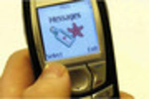 'classic' mobile phones are selling for up to £1,000