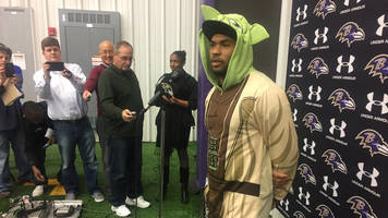 Wear a Yoda onesie to his press conference, Steve Smith did