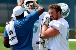 miami dolphins offensive line banged up