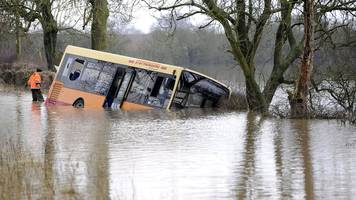 Flood drama school bus driver 'ignored road closed signs'
