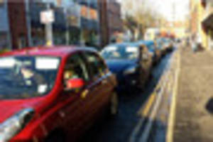 FOUR major delays affecting Lincoln commuters this morning