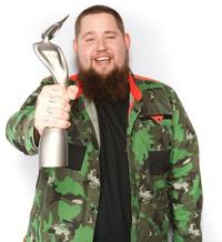Rag'n'Bone Man Wins The BRIT Critics Choice Award