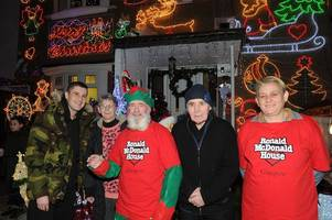 boxing heroes ricky burns and rab bannan switch on alistair's coatbridge christmas lights