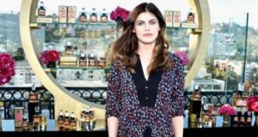 "alexandra daddario dating timeline: who is the ""baywatch"" star dating?"