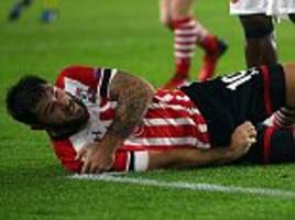 southampton manager claude puel challenges squad to cope without charlie austin