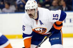 Islanders sign Cal Clutterbuck to five-year extension
