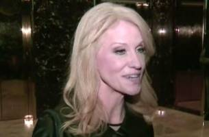 'Call Me!': Kellyanne Conway Appeals to Justin Timberlake, Bruno Mars to Perform at Inauguration