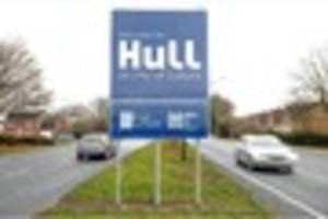 new road signs proudly welcome visitors to hull uk city of...