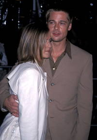 Jennifer Aniston and Brad Pitt together again; 'Wanderlust' star, Justin Theroux marriage in deep trouble?