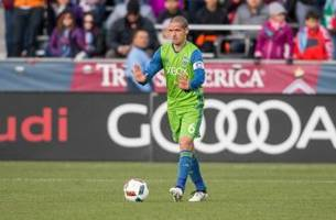 osvaldo alonso will play in mls cup despite knee sprain
