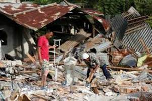 43,000 people displaced by  earthquake in Indonesia