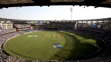 india v england: fans condemn 'sick' scoreboard messages during fourth test
