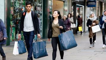 uk inflation at two-year high as clothing prices rise