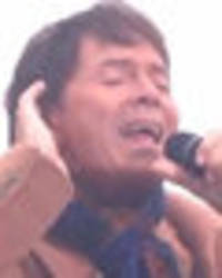 this morning viewers were outraged at cliff richard's 'embarrassing' miming