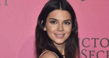 kendall jenner stars in new la perla lingerie campaign: she's bringing sexy back!