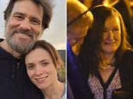 jim carrey says his ex-girlfriend did not kill herself because he gave her stds