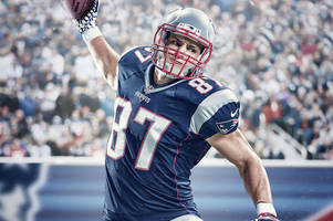 rob gronkowski pokes fun at the 'madden curse' in new video
