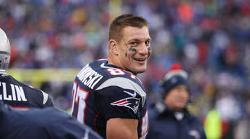 rob gronkowski dishes on wrestlemania, patriots and gronk fitness