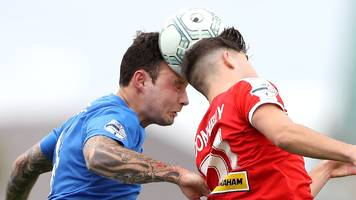 irish premiership: cliftonville hope to bounce back against glenavon