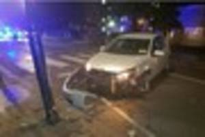 car smashes into lamppost in addiscombe