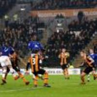 ross barkley goal earns everton a late premier league point at struggling hull