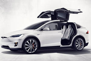 lawsuit alleges unintended acceleration in the tesla model x