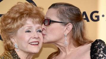 this film trailer shows love between debbie reynolds, carrie fisher