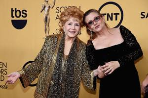 HBO's Carrie Fisher / Debbie Reynolds doc is shapeless, scattershot, and completely adorable