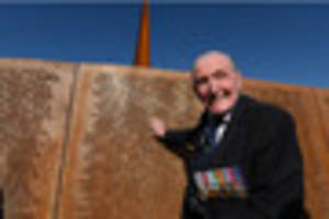 show of support for dambuster veteran with petition