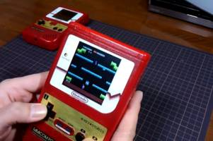 Japan's Kei Studio modifies an NES Classic Edition to fit inside a Game Boy