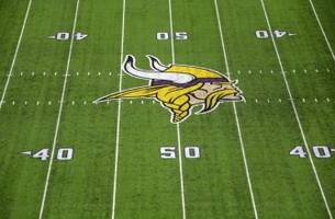Former Minnesota Vikings wide receiver fired by Eagles