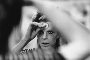Bowie tributes across the world mark one year anniversary of singers death