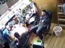 Video shows a brand new 'iPhone 7' explodes in a shop worker's hand