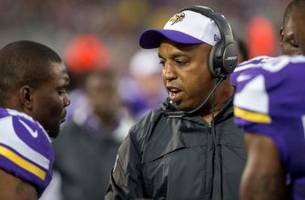 Vikings' Edwards to coach in East-West Shrine Game